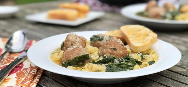 Review of Home Chef's Italian Wedding Soup with Pork Meatballs with Parmesan Ciabatta