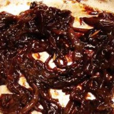 Balsamic Braised Red Onion Recipe