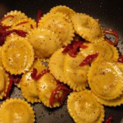 Ravioli with Sundried Tomatoes
