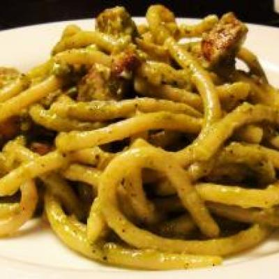 Spaghetti Pesto with Chicken