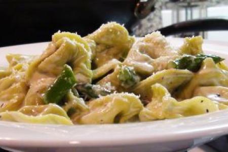 Tortellini Alfredo with Asparagus