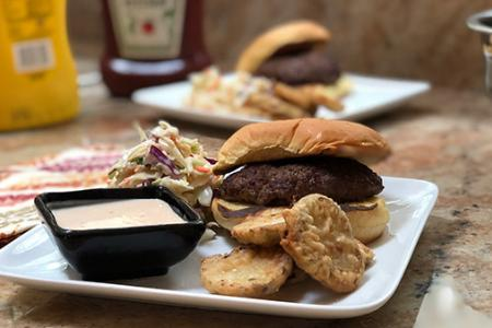 Review of Dinnerly's Grass Fed Beef Burger with Fried Pickles & Tangy Slaw