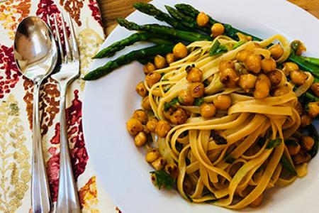 Review of Purple Chef's Skillet Fettuccine with Chickpeas & Tomato Butter